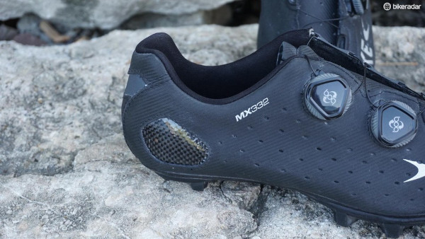 Heat-Mold-Cycling-Shoes